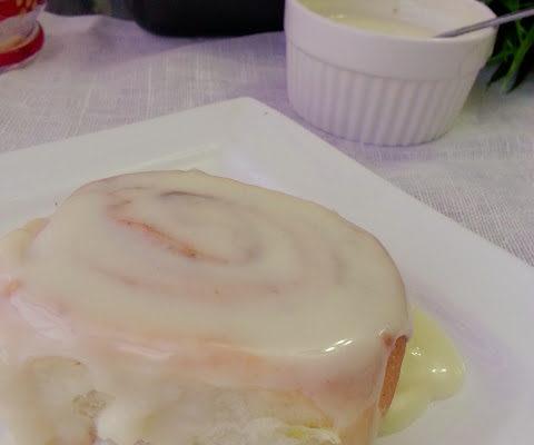 Cinnamon Roll.
