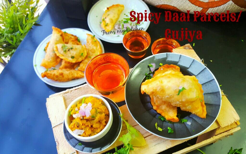 Spicy Dal Parcels/Gujiya/Ada