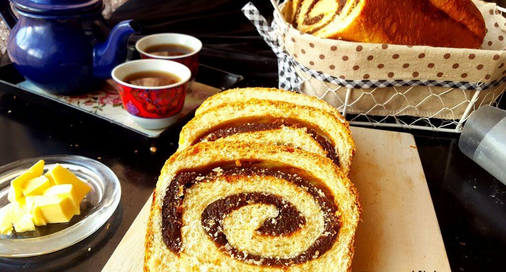Dates Cinnamon Bread