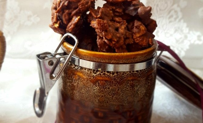 Dates & Cornflakes Chocolate Clusters