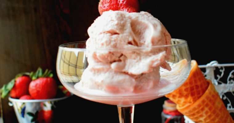 Strawberry Ice Cream in a Blender