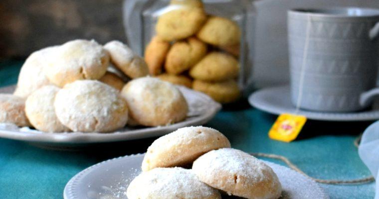Russian Tea Cakes / Snowball Cookies