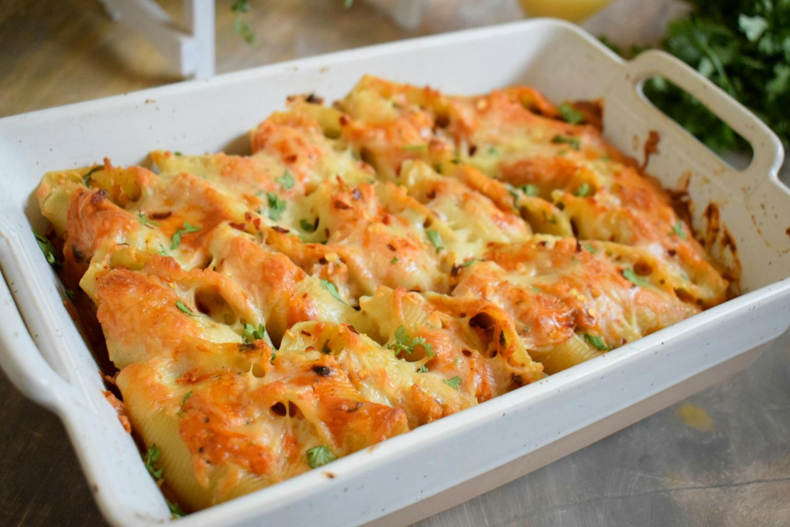 Cheesy Tandoori Pasta Shells